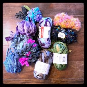 Random bunch of yarn skeins and partials